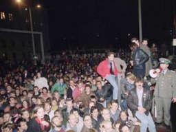 Mauerfall am 9. November 1989 in Berlin | Deutschland