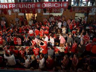 Volle Hütte in der Alpicha-Halle in Albaching